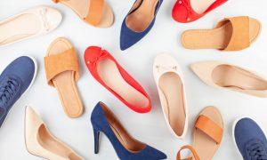 7 Alasan Kaum Milenial Wanita Memilih Sendal Sepatu Flat