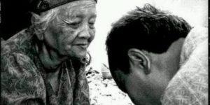 4 Hal Sederhana yang Bisa Membuat Orang Tua Bahagia